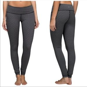 Lululemon Wunder Under Leggings!
